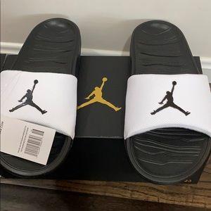 New Nike Jordan size 10 break slides/sandals